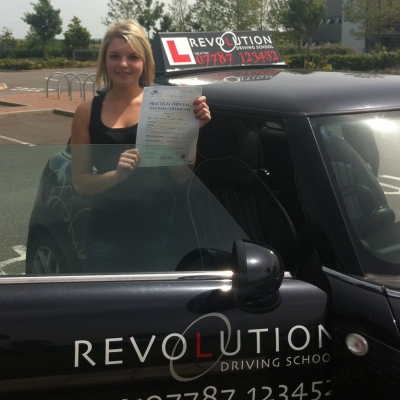 Image of Elainne Fridd with pass certificate - Revolution Driving School